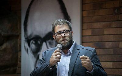 Likud MK Oren Hazan speaks at the Likud founders conference at Jabotinsky house in Tel Aviv, March 25, 2018. (Miriam Alster/FLASH90)