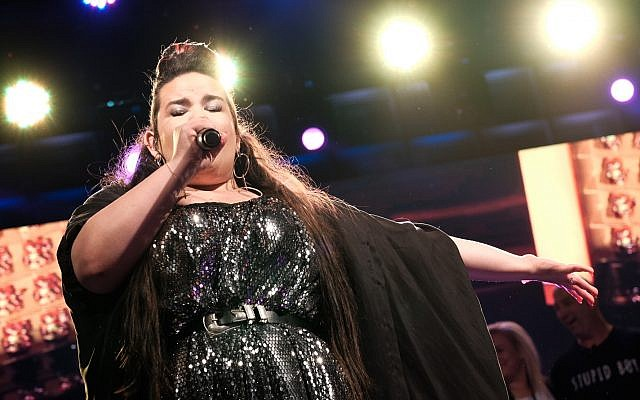Winner of the 2018 Eurovision Song Contest Netta Barzilai performs at Rabin Square in Tel Aviv on May 14, 2018. (Tomer Neuberg/Flash90)