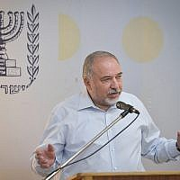 Defense Minister Avigdor Liberman speaks during a press conference on July 19, 2018. (Flash90)