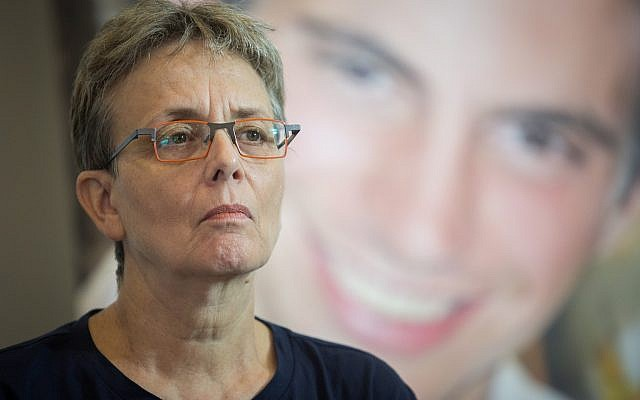 Leah Goldin, mother of late Israeli soldier Hadar Goldin, attends a press conference ahead of the cabinet meeting, August 5, 2018. (Hadas Parush/Flash90)