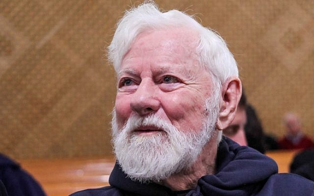 Uri Avnery seen at the Supreme Court in Jerusalem in 2014 (FLASH90)