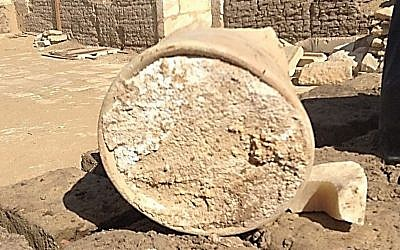 A white mass identified as ancient Egyptian cheese (University of Catania and Cairo University)