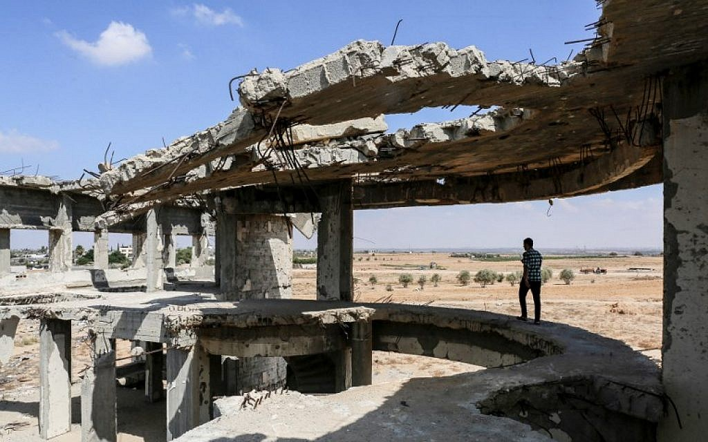This picture taken on September 9, 2018 shows a view of the destroyed and deserted terminal of the Gaza Strip's former 'Yasser Arafat International Airport,' in the Palestinian enclave's southern city of Rafah (AFP PHOTO / SAID KHATIB)