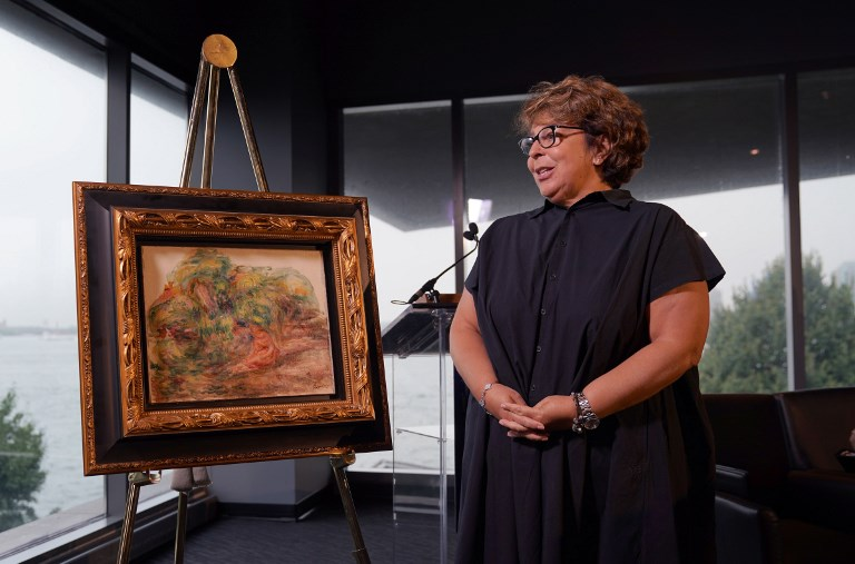 Looted Renoir is returned to French heir in NY
