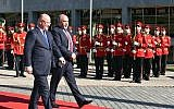 Defense Minister Avigdor Liberman and Georgian Defense Minister Levan Izoria attend an honor guard ceremony in Tbilisi, Georgia, on September 12, 2018. (Ariel Hermoni/Defense Ministry)