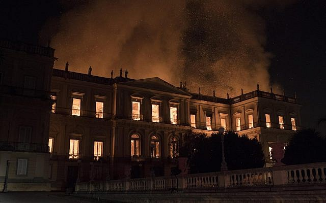 Massive fire guts Brazil`s 200-year-old museum