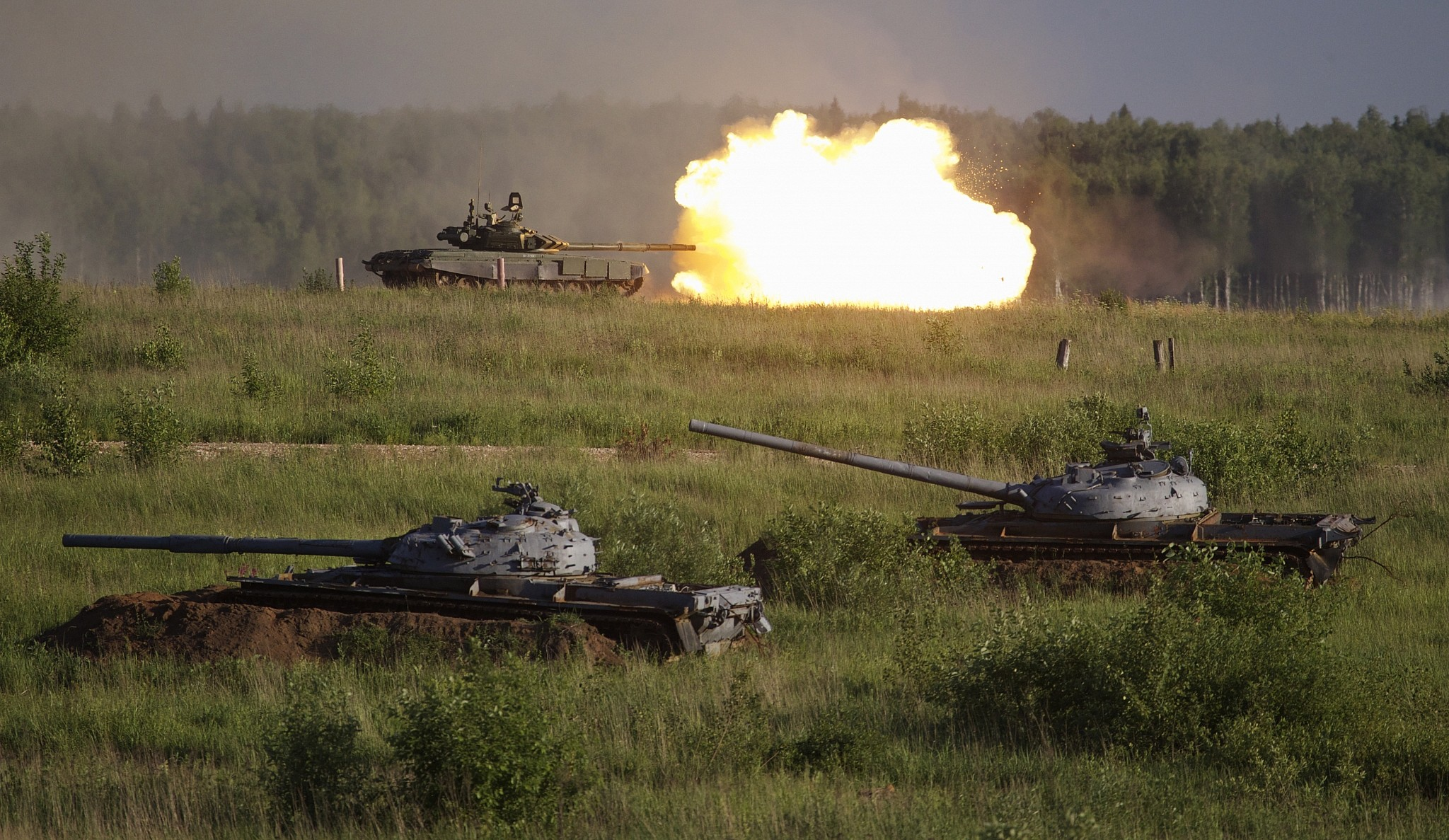 Russian T-80 main battle tank fires during a show at a shooting range in Alabino outside of Moscow Russia