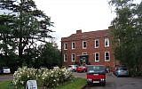The mansion house at Sandye Place Academy. (CC By Tom orangeaurochs, Wikimedia Commons)