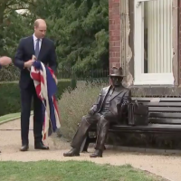 Britain's Prince William unveils a statue of Frank Foley, a British spy who helped save thousands of Jews from the Nazis during the Holocaust, September 18, 2018 (YouTube screenshot)