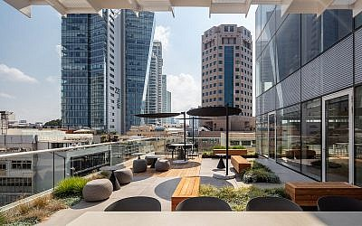 The deck overlooking views of Tel Aviv at new headquarters of Start-Up Nation Central (Amir Geron for Start-Up Nation Central)