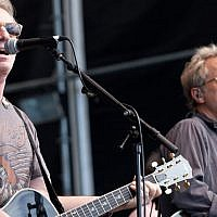 Dewey Bunnell (left) and Gerry Beckley of America, the 1970s-era band performing in Caesarea on October 9 and 10, 2018 (Official Facebook page)