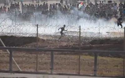 IDF footage of rioting on the Gaza border on September 28, 2018 (Courtesy IDF)