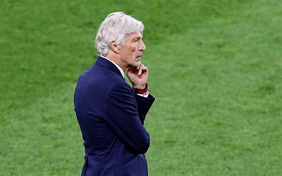 Jose Pekerman coaches Colombia in a match against England at the FIFA World Cup at Spartak Stadium in Russia, July 3, 2018. (Alex Morton/Getty Images via JTA)