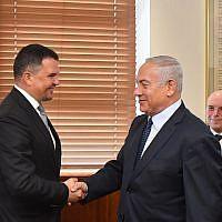 Prime Minister Benjamin Netanyahu, right, meets with Russian Deputy Prime Minister Maxim Akimov, October 9, 2018. (Kobi Gideon/GPO)