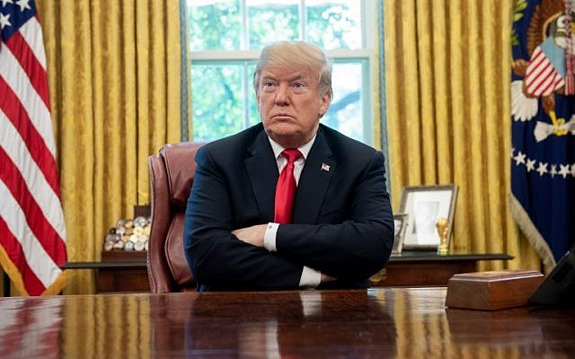 US President Donald Trump speaks during a briefing on Hurricane Michael in the Oval Office of the White House in Washington, DC, October 10, 2018. (SAUL LOEB / AFP)