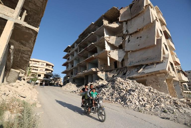 Syrian jihadists signal acceptance of Idlib deal