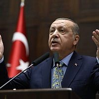 Turkish President Tayyip Erdogan addresses members of parliament of his ruling AK Party (AKP) during a meeting at the Turkish parliament in Ankara, on October 16, 2018. (ADEM ALTAN/AFP)
