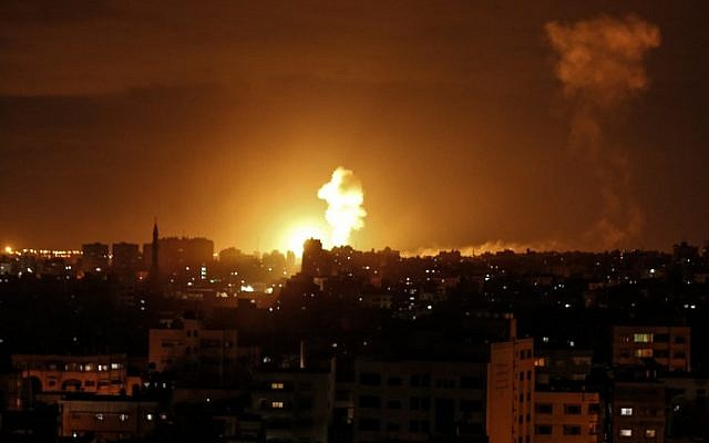 Israel: Erupted intense clashes with Gaza, killed a Qassam Brigades commander in Israel Defence Forces raid