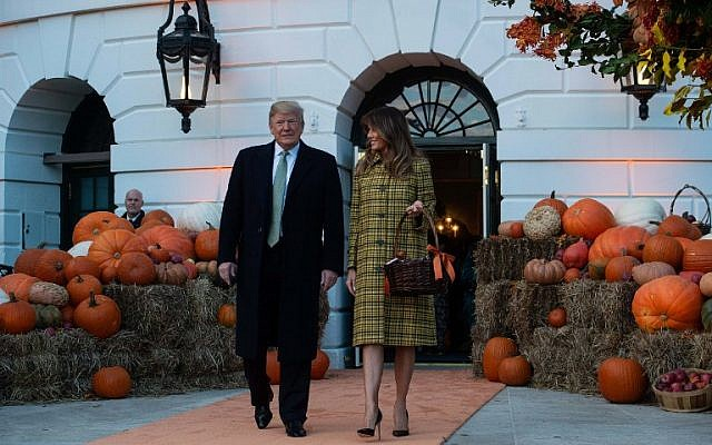 US President Donald Trump and First Lady Melania Trump at the White House in Washington, DC, on October 28, 2018. (NICHOLAS KAMM/AFP)