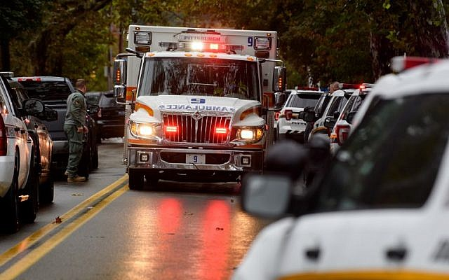 Police rapid response team members respond to the site of a mass shooting at the Tree of Life Synagogue in the Squirrel Hill neighborhood on October 27, 2018 in Pittsburgh, Pennsylvania. (Jeff Swensen/Getty Images/AFP)