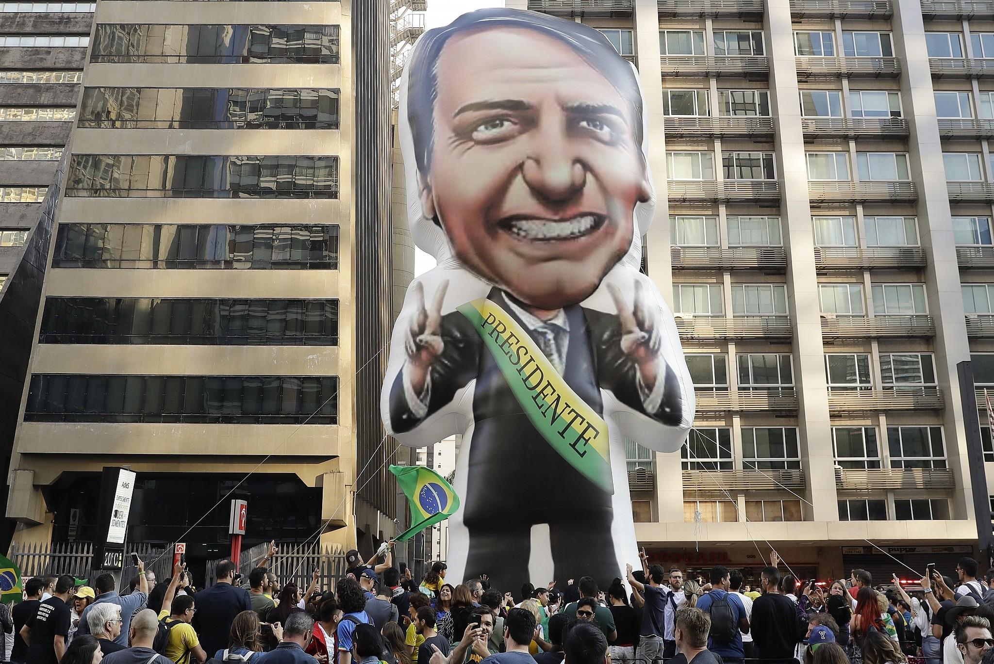 Image result for photos of Jair Bolsonaro and his sons mossad shin bet