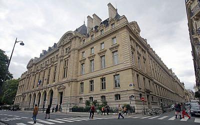 Illustrative: View of the Sorbonne University in Paris, Thursday Sept. 19, 2013 (AP Photo/Remy de la Mauviniere)