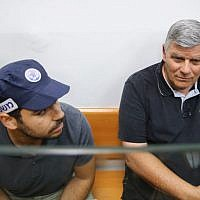 Hadera Mayor Zvi Gendelman arrives for extension of his remand at the Magistrate's Court in Rishon Letzion, June 4, 2018 (Flash90)