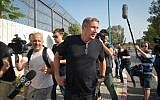 Former Chairman of IDB Group Nochi Dankner arrives to the Ma'asiyahu Prison in Lod to serve his three year sentence on October 2, 2018. (Flash90)