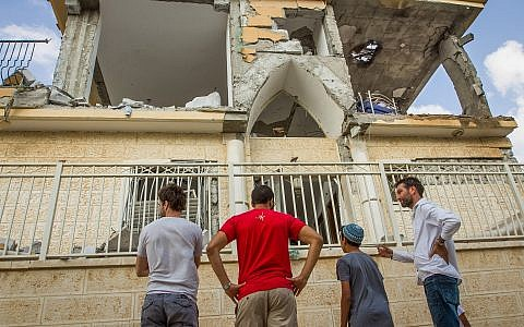 Damage to a Beersheba home hit by a rocket on October 17, 2018. (Flash90)