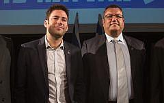 Jerusalem mayoral candidates Ofer Berkovich (L) and Moshe Lion during an October 21, 2018 debate ahead of the Jerusalem Municipality elections on October 30, 2018. (Yonatan Sindel/Flash90)