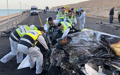 Emergency workers from ZAKA at the scene of a deadly head-on collision on Route 90 near the Dead Sea on October 30, 2018. (ZAKA)