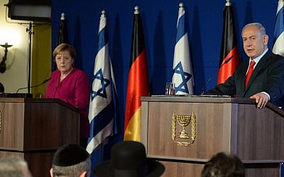 German Chancellor Angela Merkel, left, and Prime Minister Benjamin Netanyahu during a joint press conference at the King David Hotel in Jerusalem, October 4, 2018. (Haim Zach/Government Press Office)