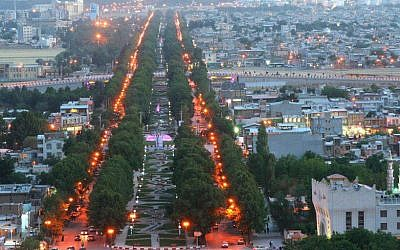 The Iranian city of Kermanshah (CC-BY Parwiz/Wikimedia Commons)
