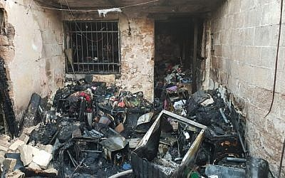 An apartment where a woman died in a blaze in Tel Aviv, October 22, 2018. (Tel Aviv Fire Department)