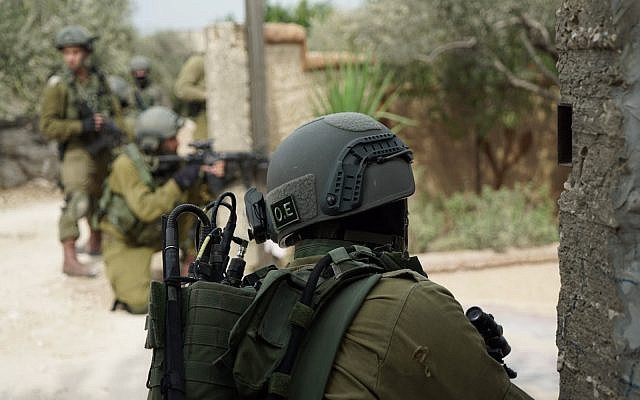 Israeli troops take part in operations in the northern West Bank village of Shuweika on October 7, 2018. (Israel Defense Forces)