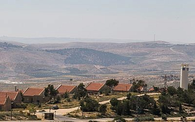 View of the Israeli settlement of Ma'ale Hever, in the Har Hebron Regional Council on April 19, 2015.(Nati Shohat/Flash90)