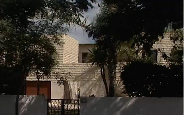 Prime Minister Benjamin Netanyahu's private residence in Caesarea. (Screen capture: Channel 10)