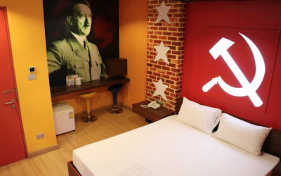 A photo of the 'Communist' room at the Villa Love Hotel in Bangkok, Thailand. (Twitter via JTA)
