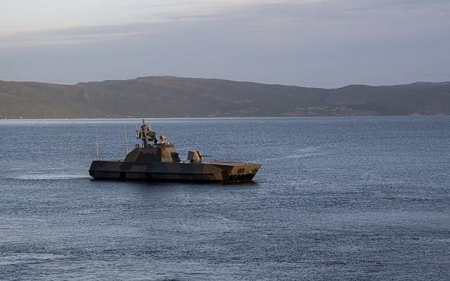 Norwegian Motor Topedo Boat (MTB) KNM Skudd is pictured from onboard of USS Mount Whitney of the US Navy during the NATO-led military exercise Trident Juncture on November 3, in Trondheim, Norway.(Jonathan NACKSTRAND / AFP)
