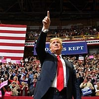 """US President Donald Trump arrives for a """"Make America Great Again"""" campaign rally at McKenzie Arena, in Chattanooga, Tennessee, on November 4, 2018. (Nicholas Kamm/AFP)"""