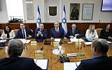 Prime Minister Benjamin Netanyahu (4th-L), Cabinet Secretary Tzachi Braverman (3rd-R) and Energy Minister Yuval Steinitz (3rd-L) attend the weekly cabinet meeting at the Prime Minister's Office in Jerusalem on November 18, 2018. (Abir Sultan/Pool/AFP)
