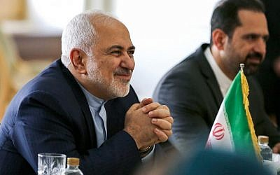Iranian Foreign Minister Mohammad Javad Zarif, left,  meets with his British counterpart (not seen) in the capital Tehran on November 19, 2018. (ATTA KENARE/AFP)