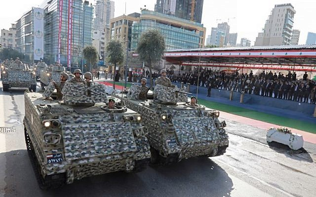 Lebanese armed forces take part in a military parade for Independence Day celebrations marking 75 years since the end of France's mandate in Lebanon, on November 22, 2018. (ANWAR AMRO / AA / AFP)