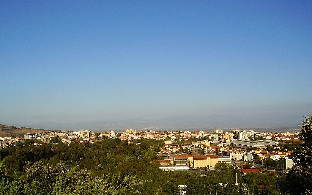 The town of Macomer in Sardinia, Italy (CC BY-SA Keraunos92/Wikimedia Commons)