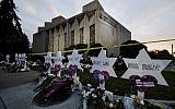 In this October 29, 2018, photo, a makeshift memorial stands outside the Tree of Life synagogue in the aftermath of a deadly shooting in Pittsburgh. (AP/Matt Rourke)