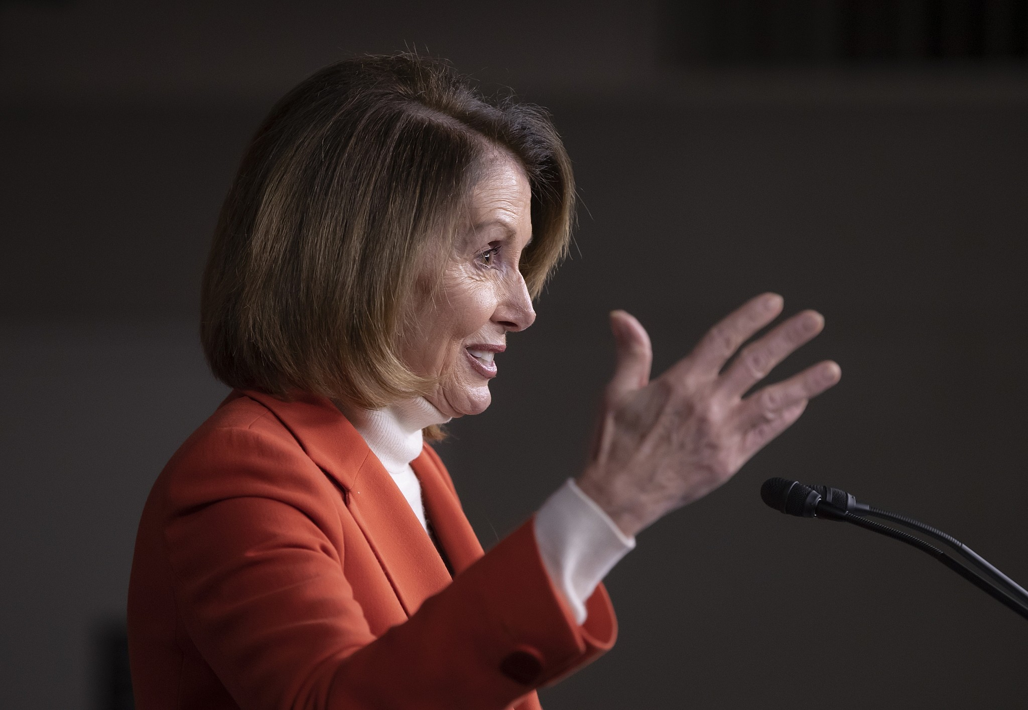 Democrats say they'll oppose Pelosi, back 'new leadership'
