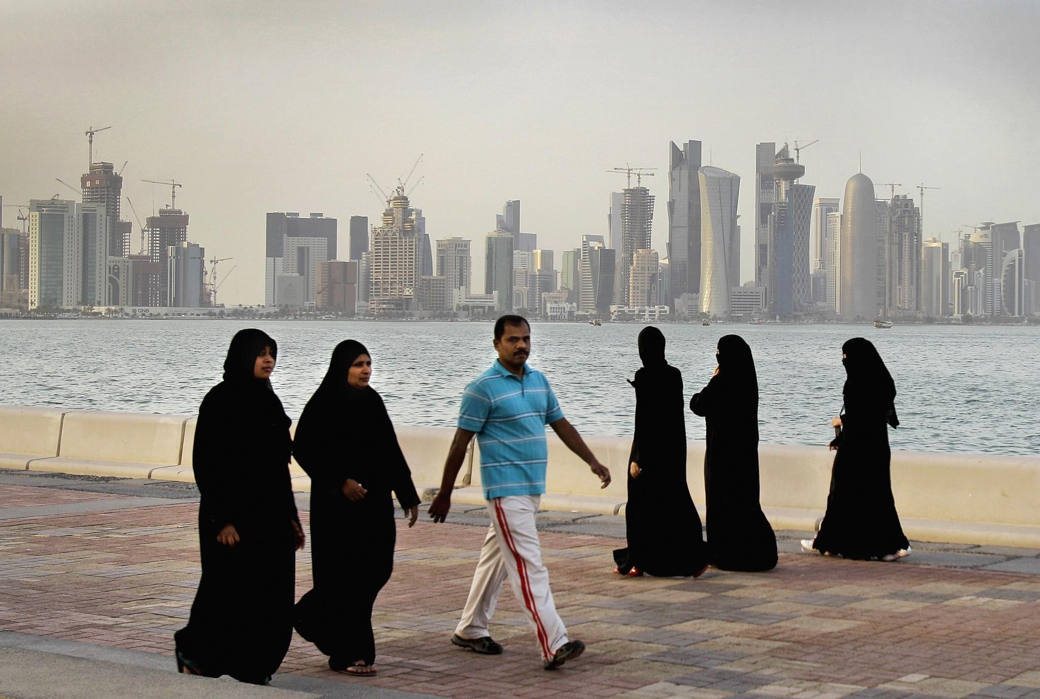 women looking for men in doha