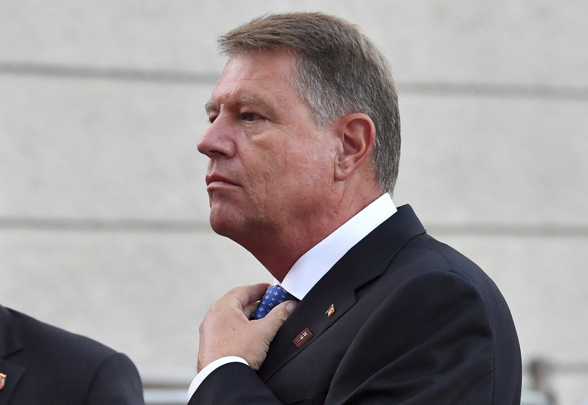 Iohannis visits Moldova, discusses regional security ...