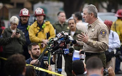 Ventura County Sheriff Geoff Dean speaks to reporters near the scene in Thousand Oaks, Calif., on Thursday, Nov. 8, 2018, where a gunman killed 12 people. (AP Photo/Mark J. Terrill)