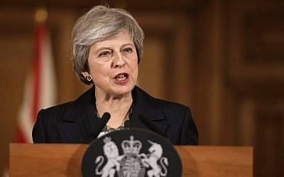 Britain's Prime Minister Theresa May speaks during a press conference inside 10 Downing Street in London, November 15, 2018 (AP Photo/Matt Dunham, Pool)